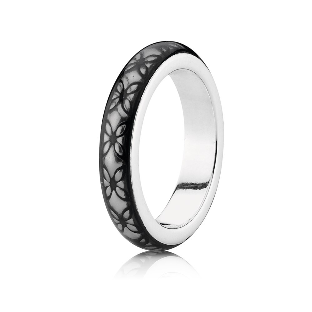 Silver ring with grey enamel